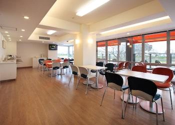 CHISUN INN HIMEJIYUMESAKIBASHI Breakfast Area