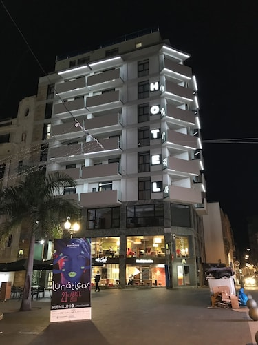 Santa Cruz de Tenerife - Hotel Adonis Capital - z Katowic, 22 kwietnia 2021, 3 noce