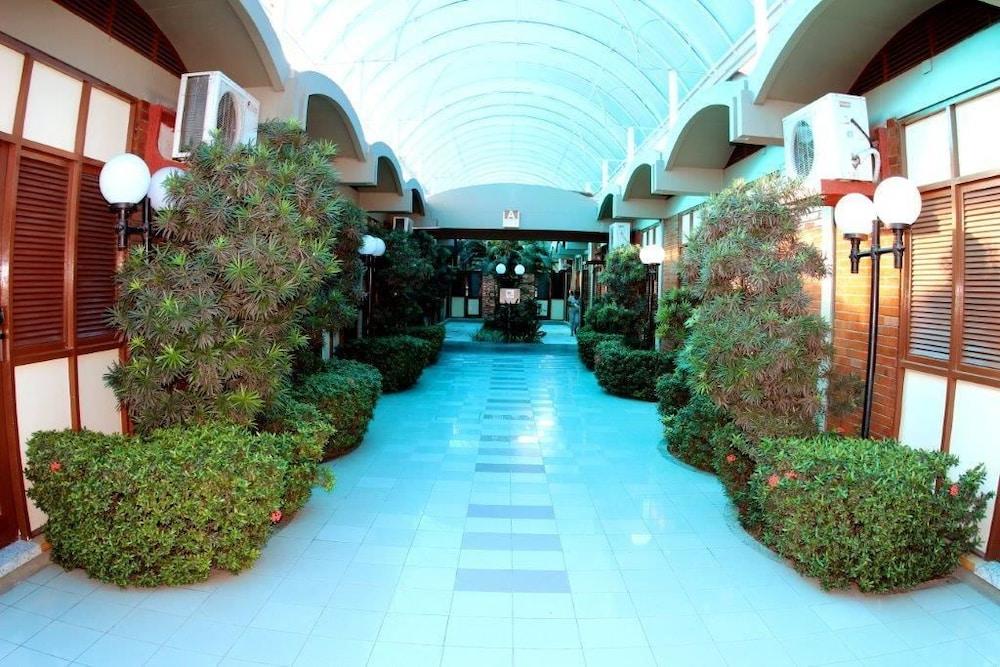 아무아라마 호텔(Amuarama Hotel) Hotel Image 3 - Lobby