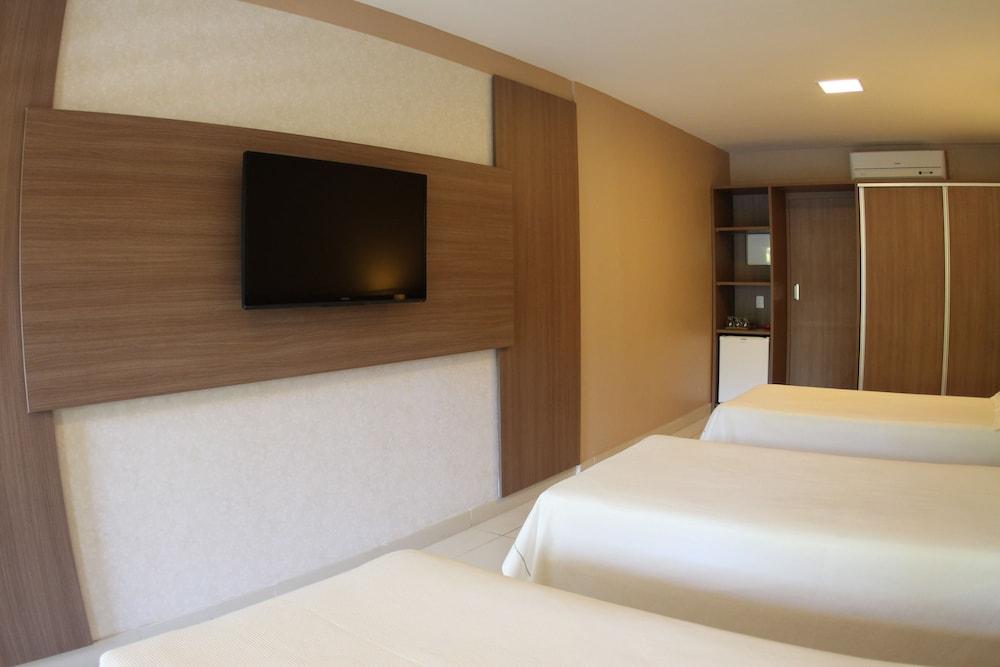 아무아라마 호텔(Amuarama Hotel) Hotel Image 18 - Guestroom
