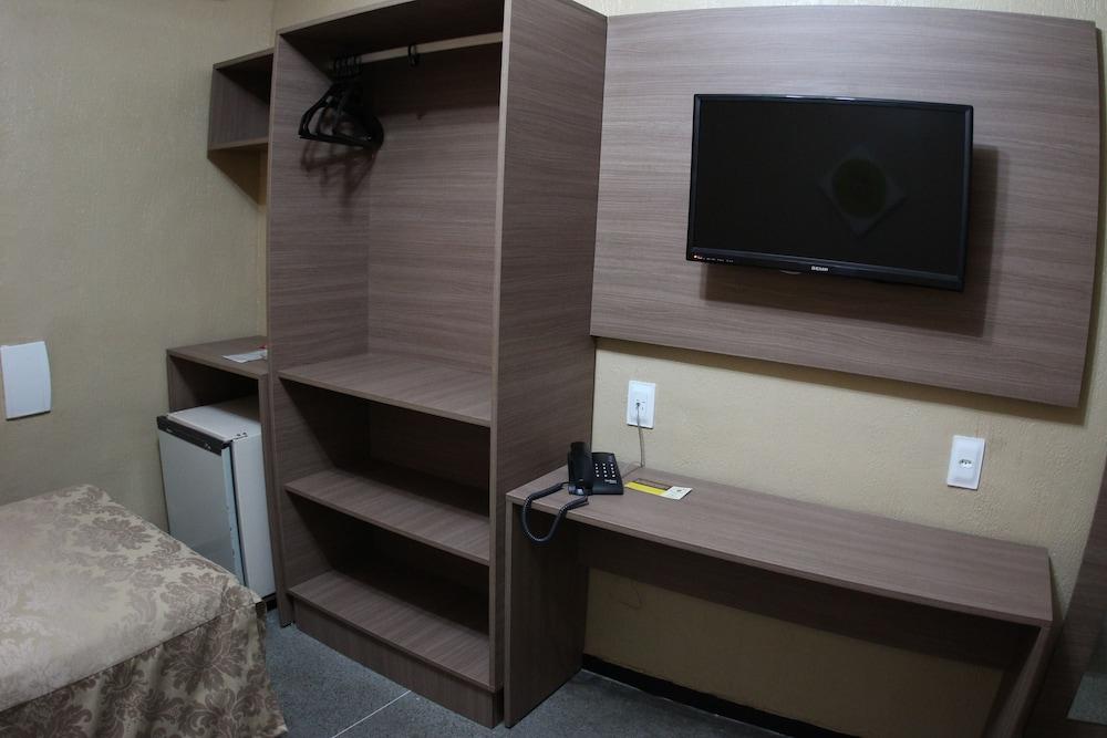 아무아라마 호텔(Amuarama Hotel) Hotel Image 40 - Guestroom