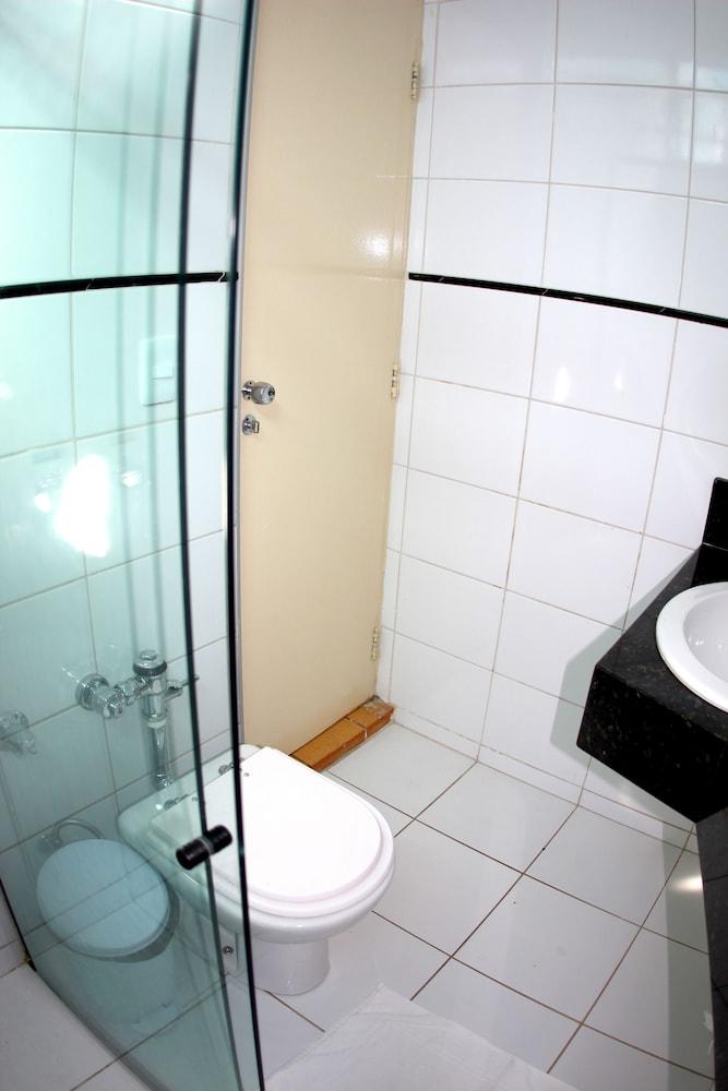 아무아라마 호텔(Amuarama Hotel) Hotel Image 34 - Guestroom