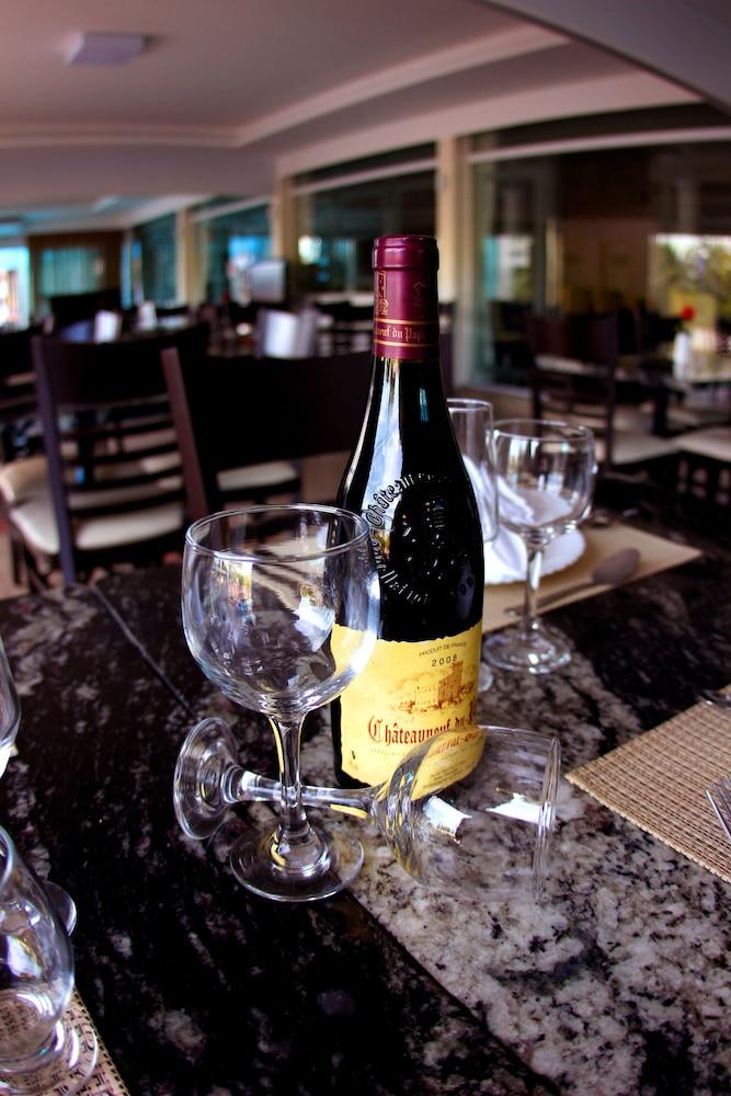 아무아라마 호텔(Amuarama Hotel) Hotel Image 62 - Restaurant