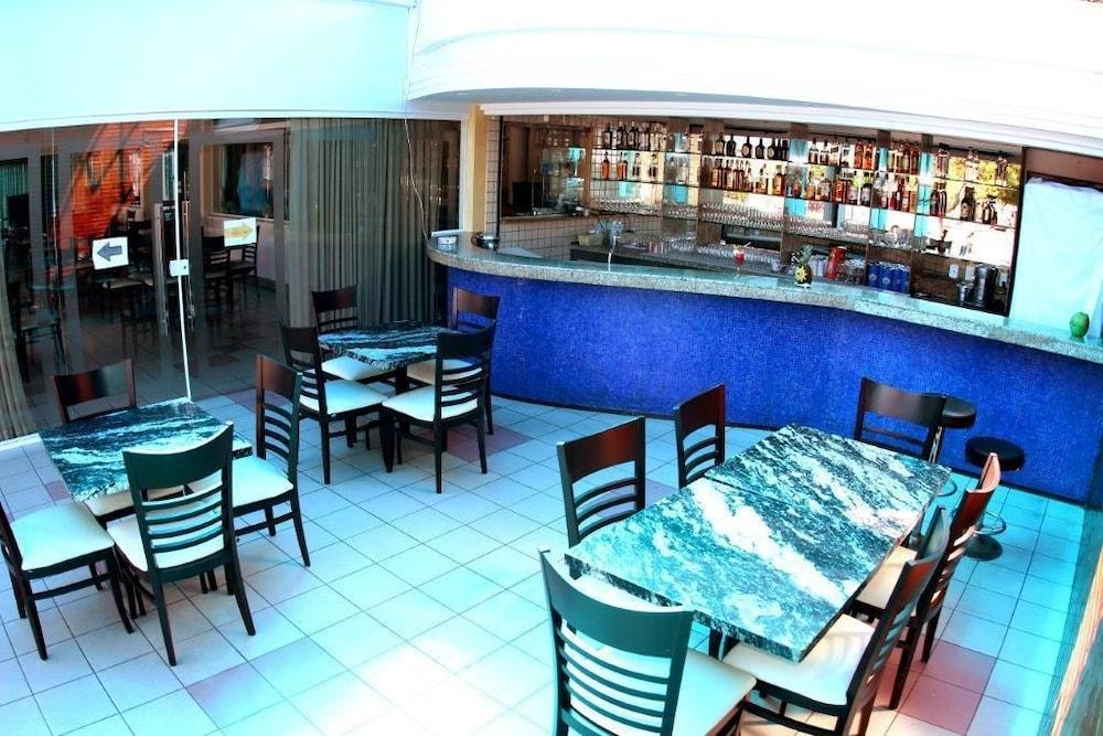 아무아라마 호텔(Amuarama Hotel) Hotel Image 65 - Hotel Lounge