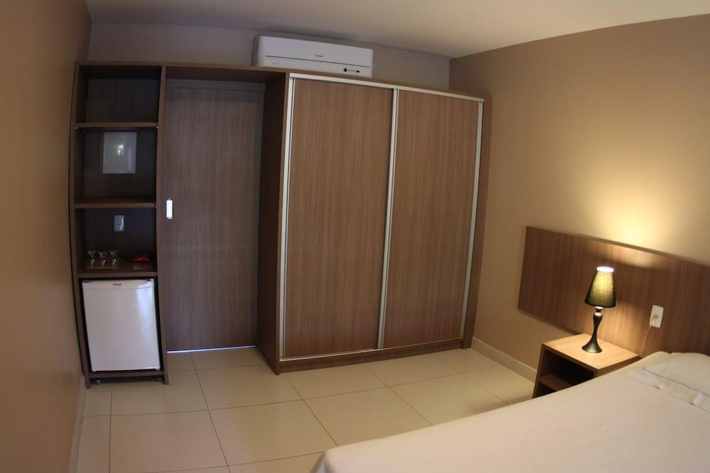 아무아라마 호텔(Amuarama Hotel) Hotel Image 75 - Guestroom