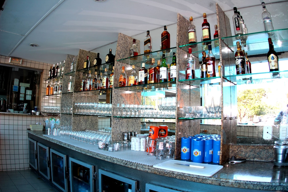 아무아라마 호텔(Amuarama Hotel) Hotel Image 64 - Hotel Bar