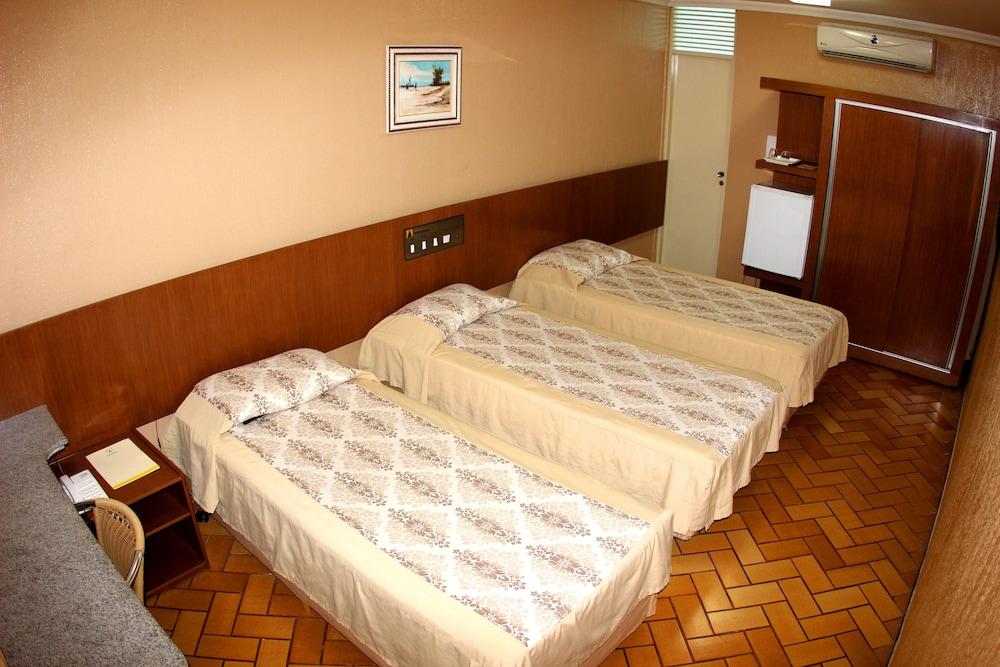아무아라마 호텔(Amuarama Hotel) Hotel Image 21 - Guestroom