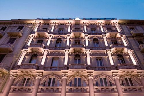 . iH Hotels Bari Oriente