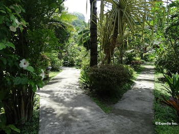 Hof Gorei Beach Resort Samal Property Grounds