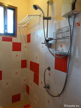 Hof Gorei Beach Resort Samal Bathroom Shower
