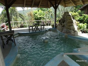 Hof Gorei Beach Resort Samal Indoor Pool