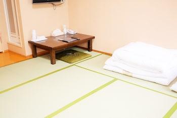 HIROSHIMA PEACE HOTEL - HOSTEL Living Room