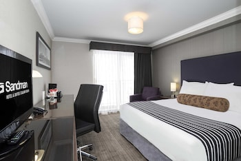 Suite, 1 King Bed (Corporate)