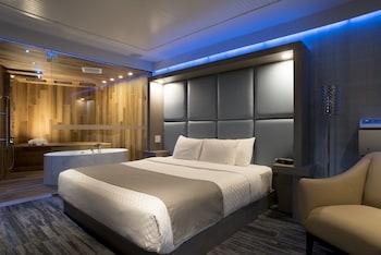 Signature Suite, 1 Queen Bed
