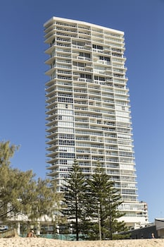 ULTIQA Air On Broadbeach - Exterior  - #0