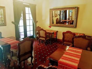 Casa Carmel Bed and Breakfast - Breakfast Area  - #0