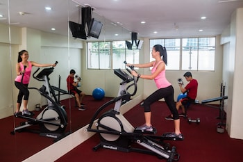 DIAMOND SUITES AND RESIDENCES Gym