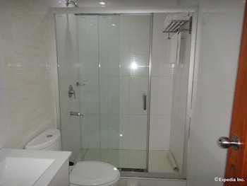 DIAMOND SUITES AND RESIDENCES Bathroom