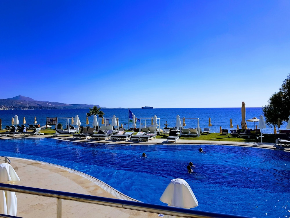 Kiani Beach Resort Family - All Inclusive | Chania | Jetstar