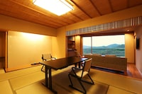 Japanese and Western Style Room ,Center Building, Kaiseki (Japanese Traditional multi-course Dinner)