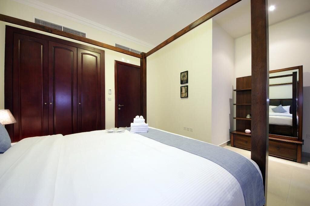 Al Hamra Village Holiday Apartments,