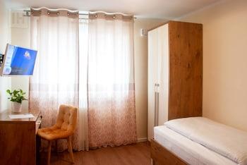 HOTEL ISHA