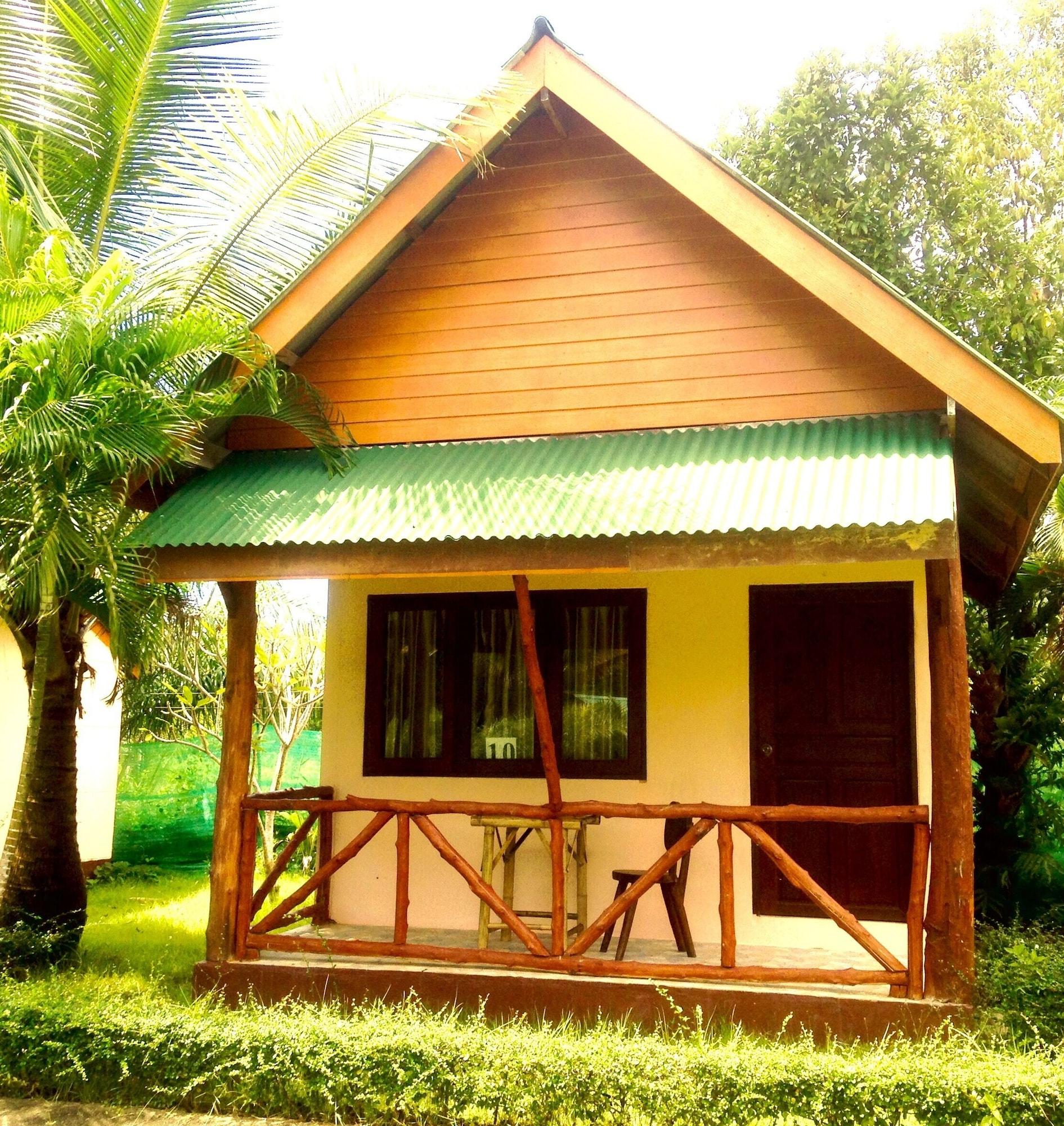 Taboo Bar-Risto Music Angel Bay Resort, Muang Krabi