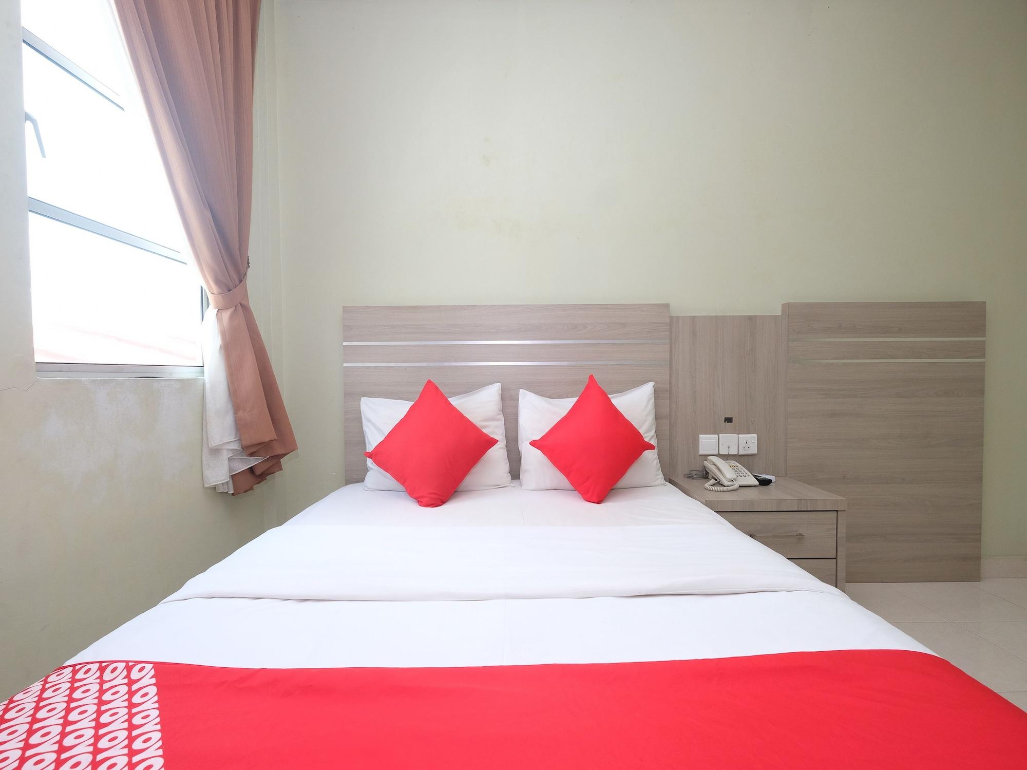 OYO 44023 Mehram Hotel, Kemaman