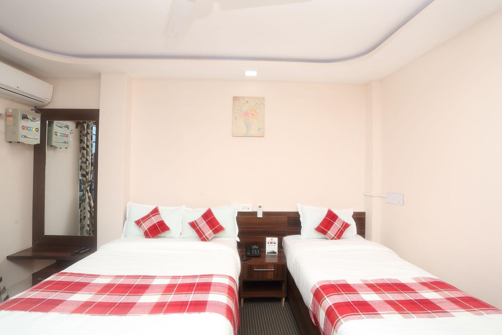 OYO 548 Hotel Swiss Palace Inn, Mechi