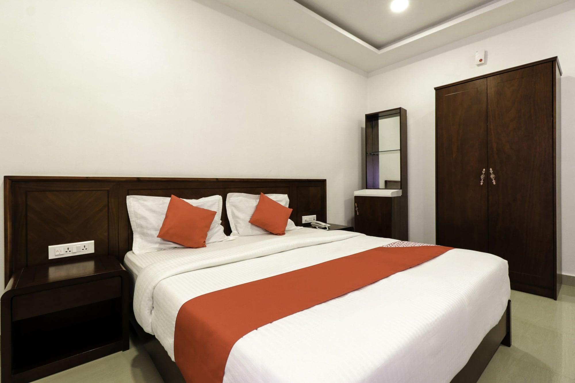 OYO 28136 Myr Residency, Anantapur