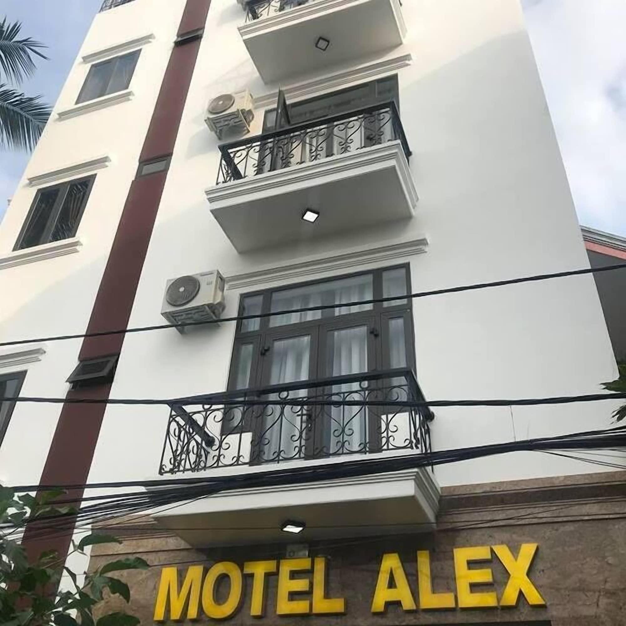 Alex Motel, Hải Châu