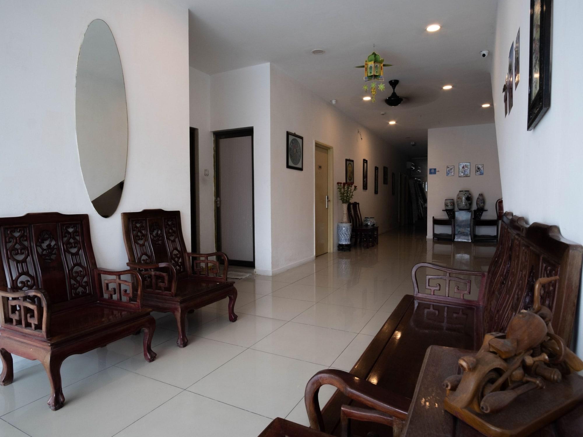 OYO 44103 8 Hotel, Seremban