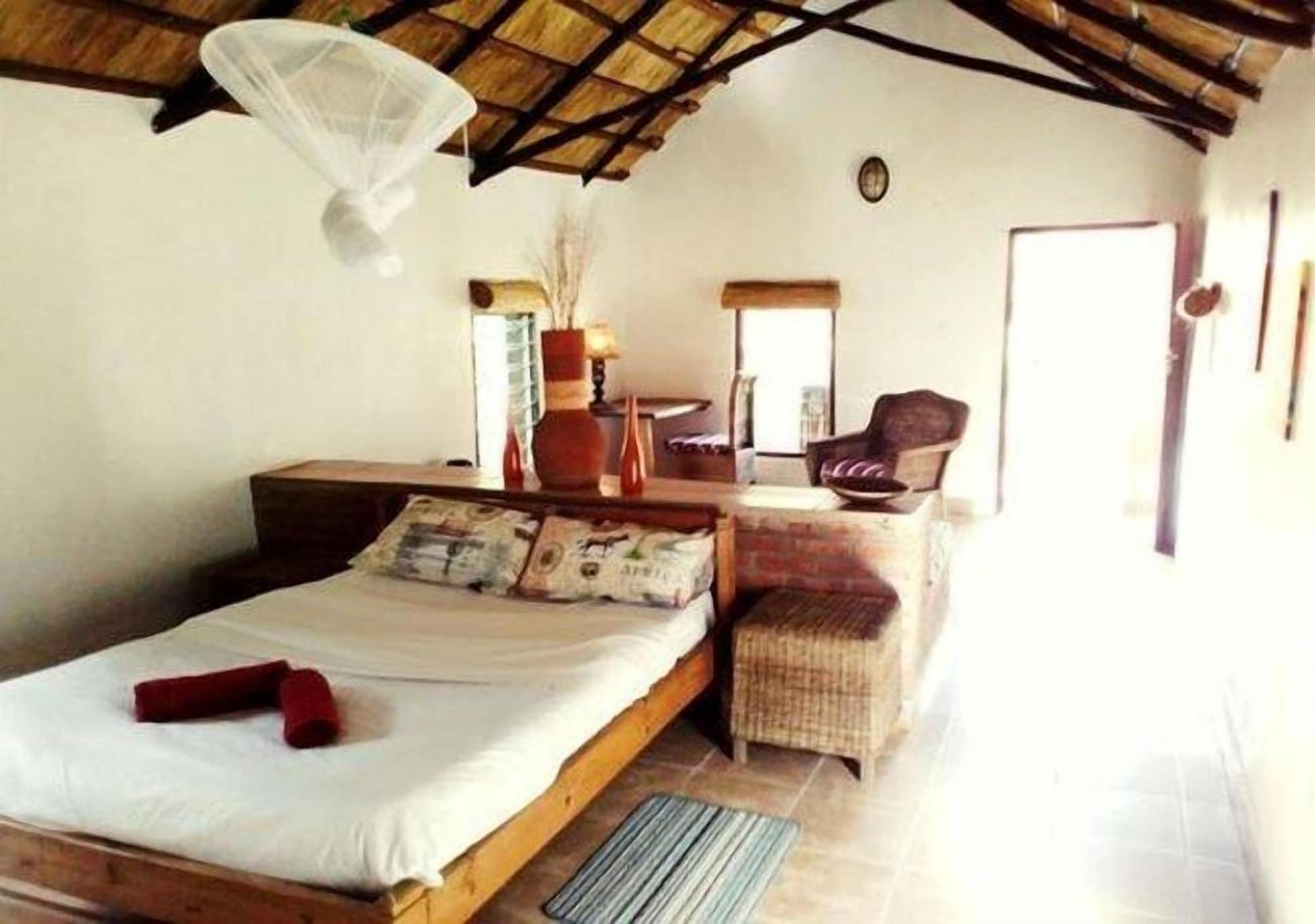 Barefoot Lodge and Safaris - Malawi, Lilongwe City