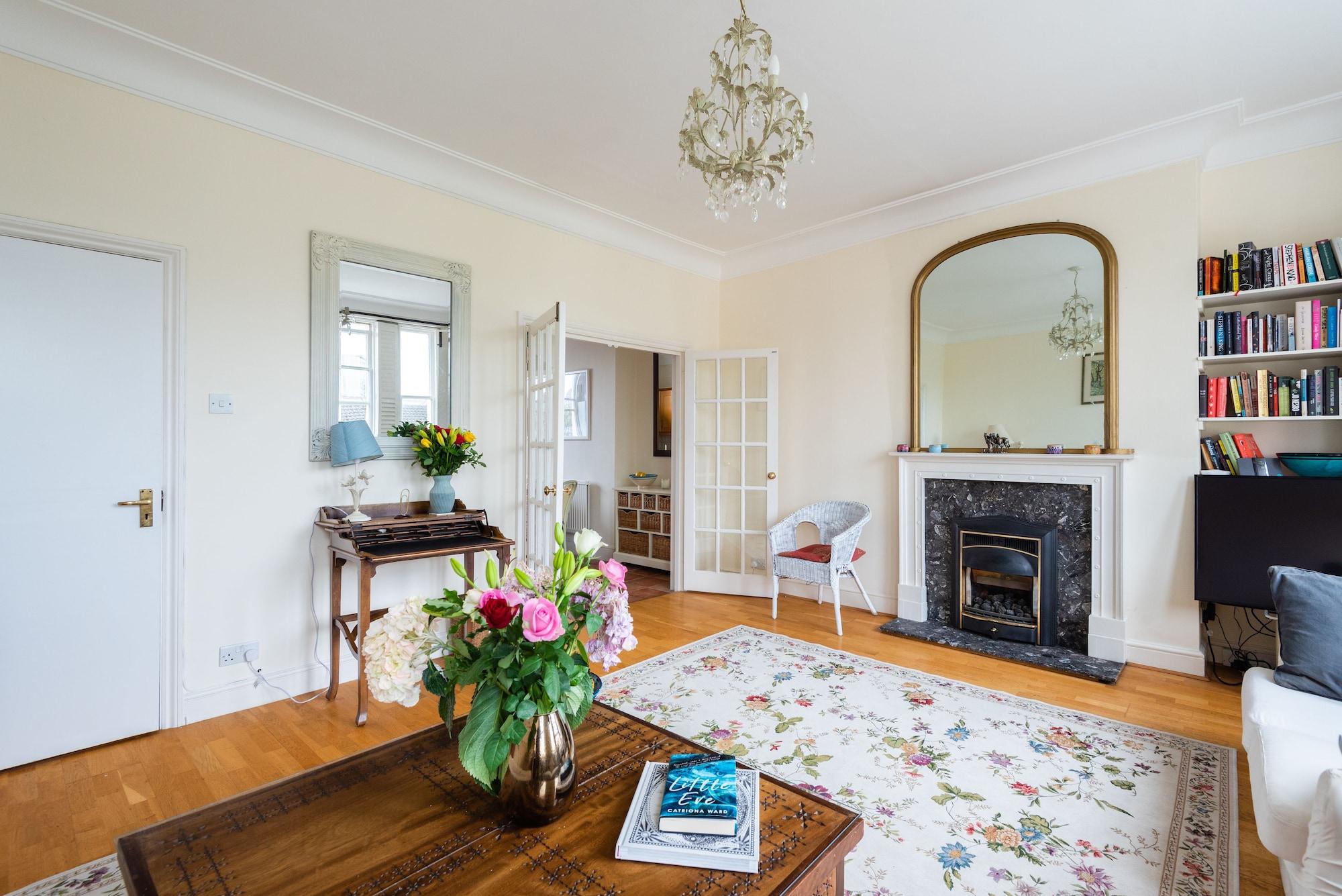 Panoramic Family Home in Maida Vale, London