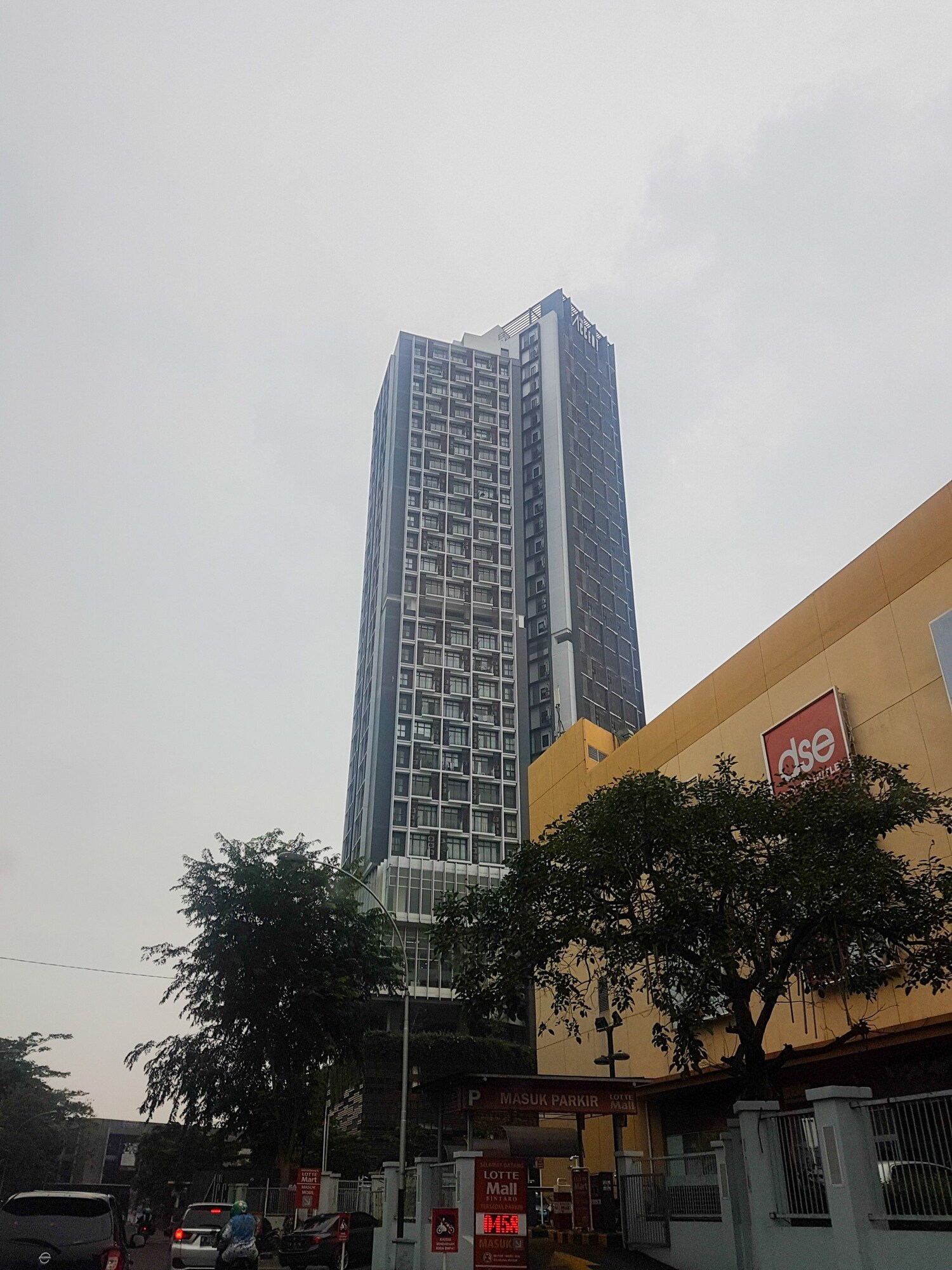 Elegant 1BR Apartment at The Accent Condominium, Tangerang Selatan