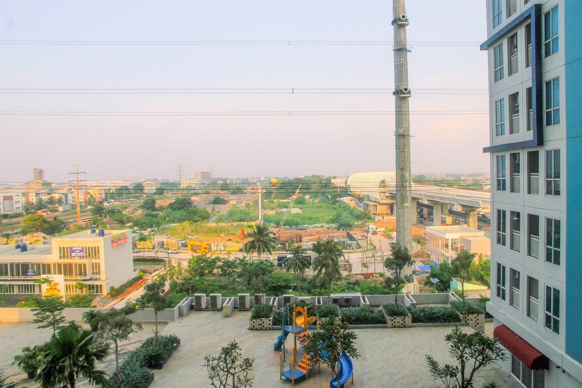Pool View Grand Dhika City Studio Apartment, Bekasi