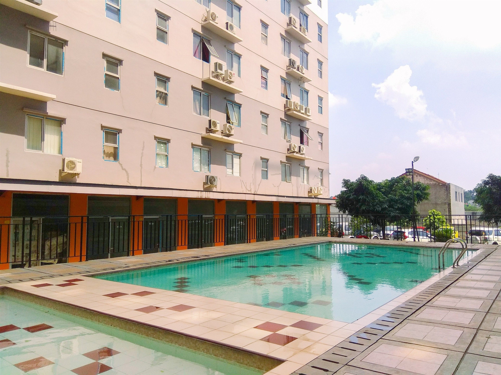 East Park Studio Apartment with Twin Beds, Jakarta Timur