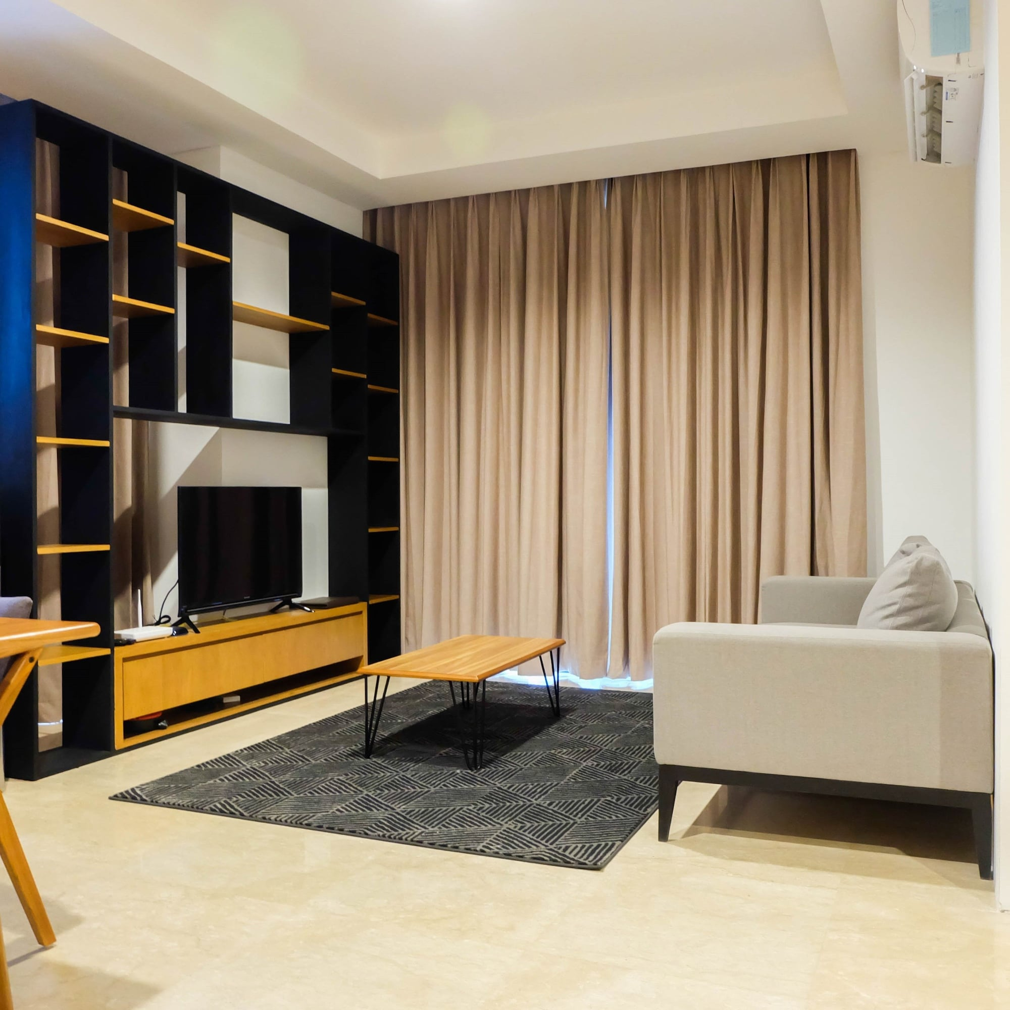 Spacious Elegant 3BR Veranda Residence @ Puri Apartment, Jakarta Barat