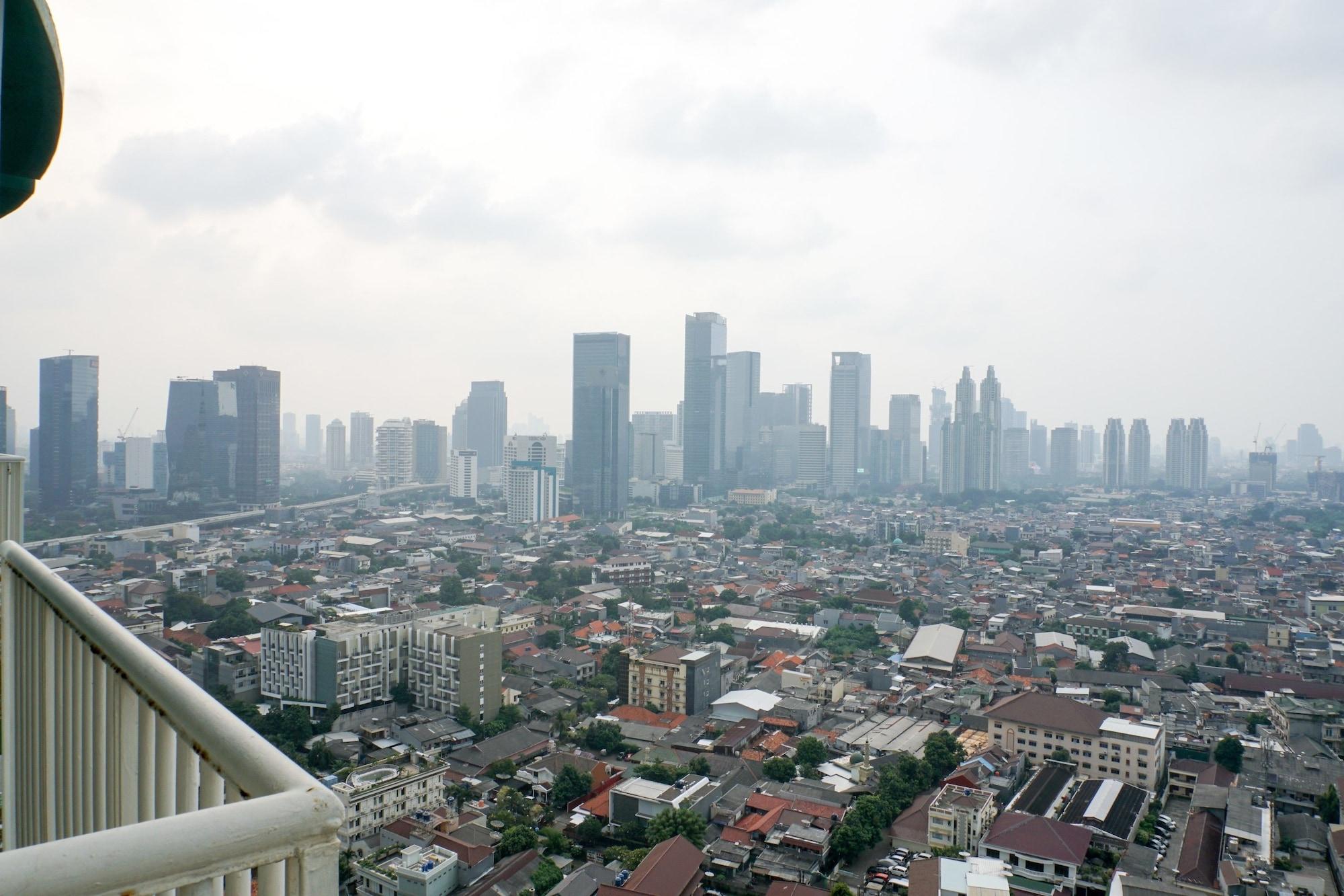 Homey 2BR Ambassador 2 Apartment, Jakarta Selatan