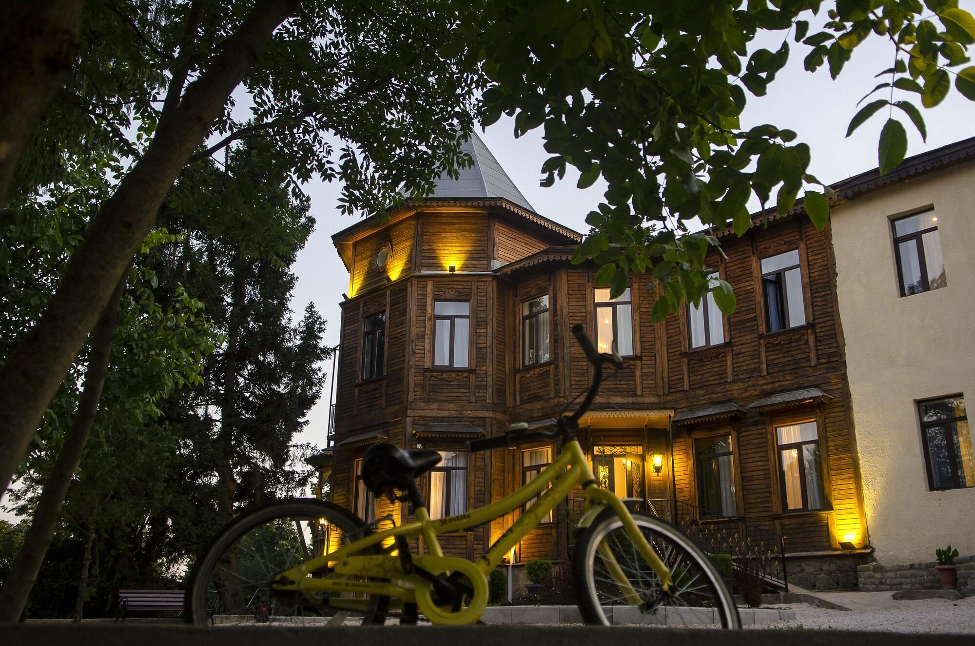 The Vorontsovs - Hotel & Cottages, Gardabani