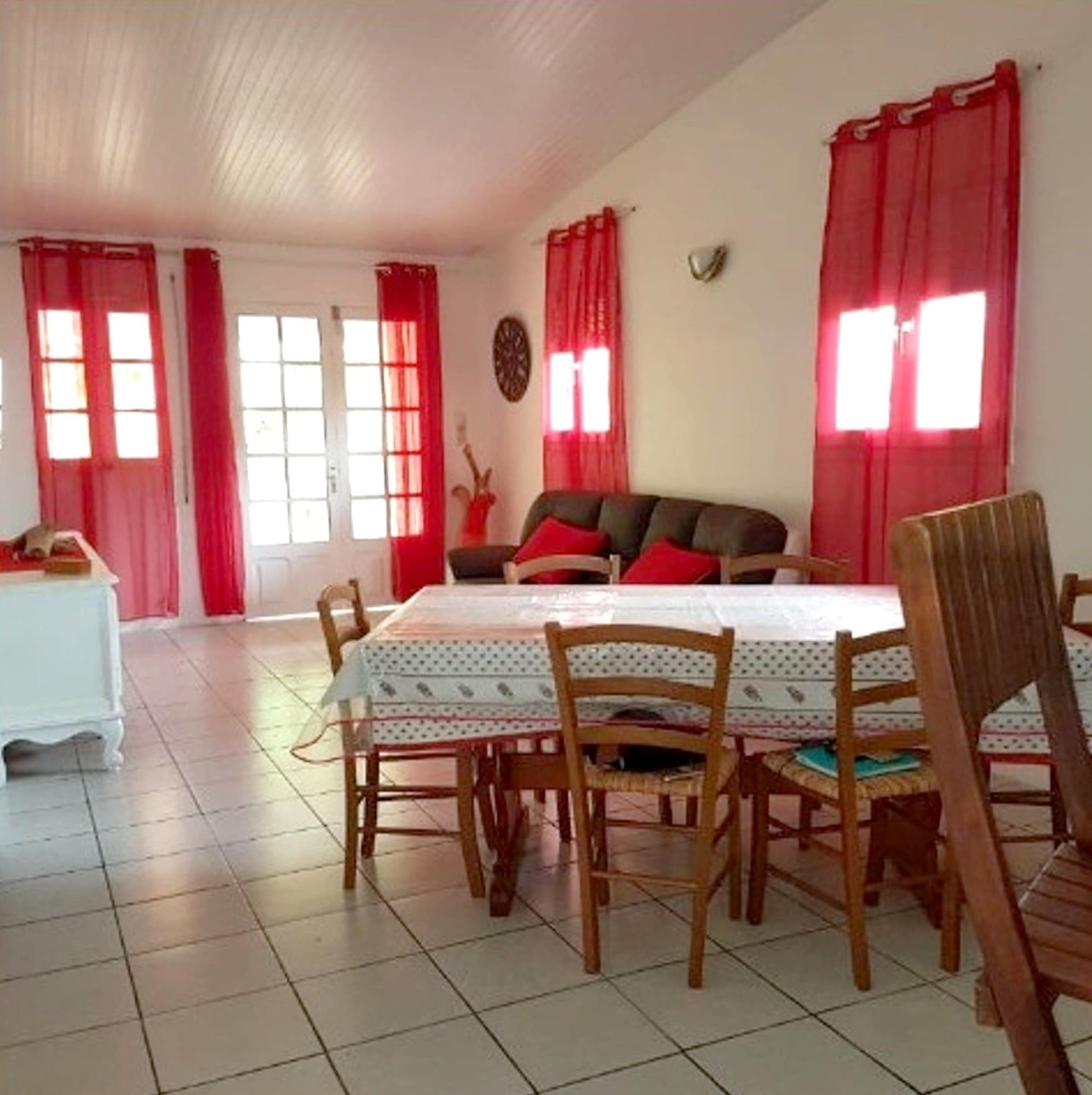 House With 3 Bedrooms in Le Lamentin, With Wonderful City View, Enclosed Garden and Wifi - 10 km From the Beach, Le Lamentin