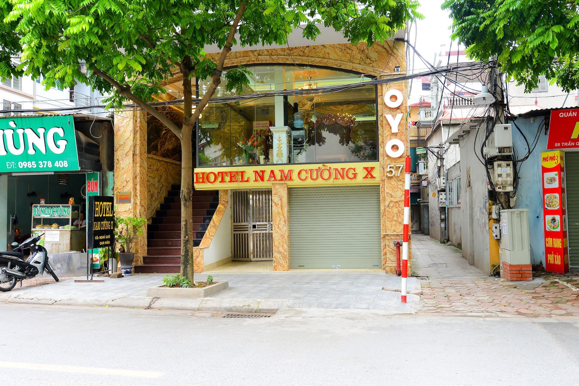 OYO 287 Nam Cuong X Hotel, Cầu Giấy