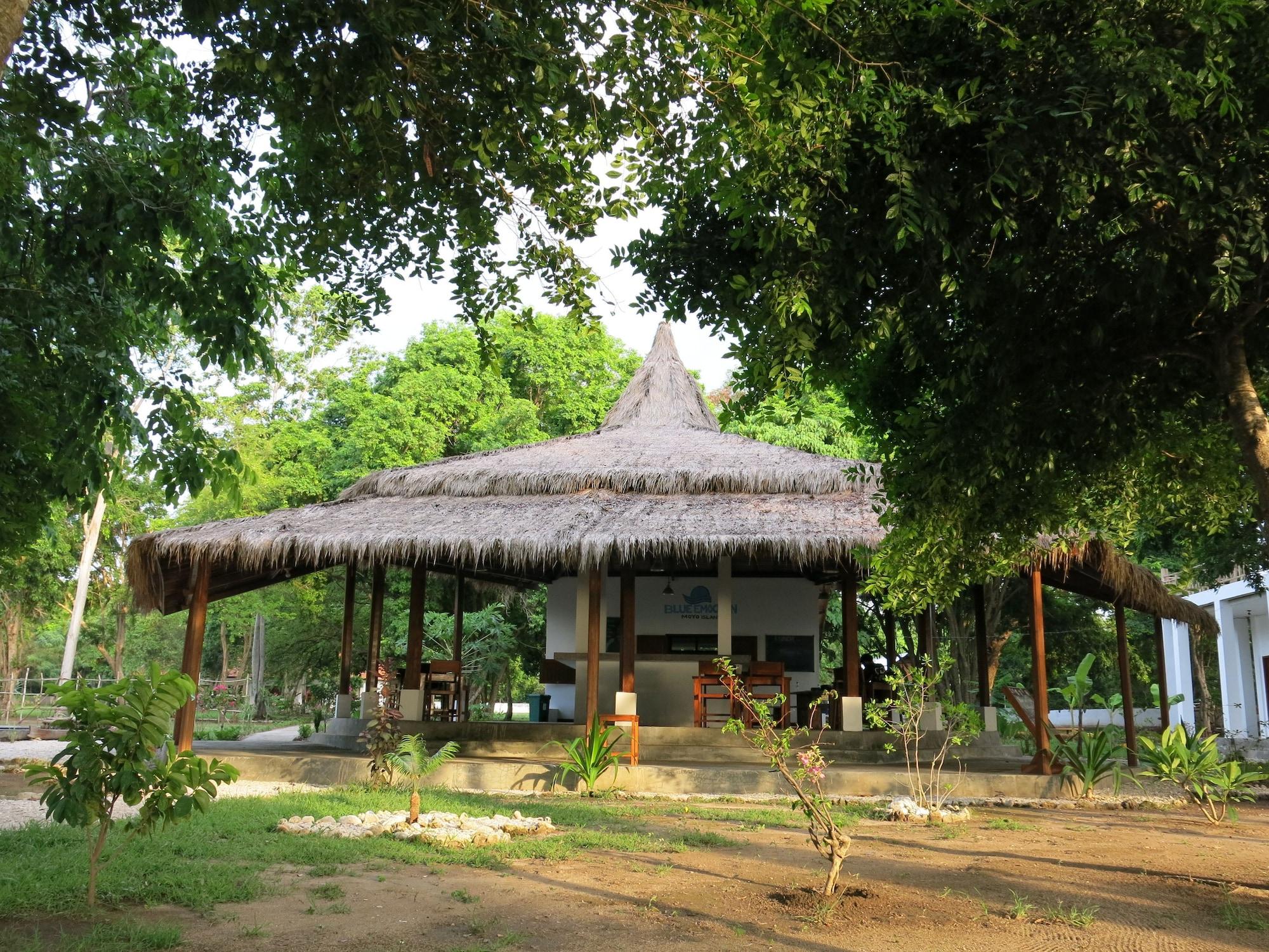Blue EmOcean Resort & Dive Center, Sumbawa
