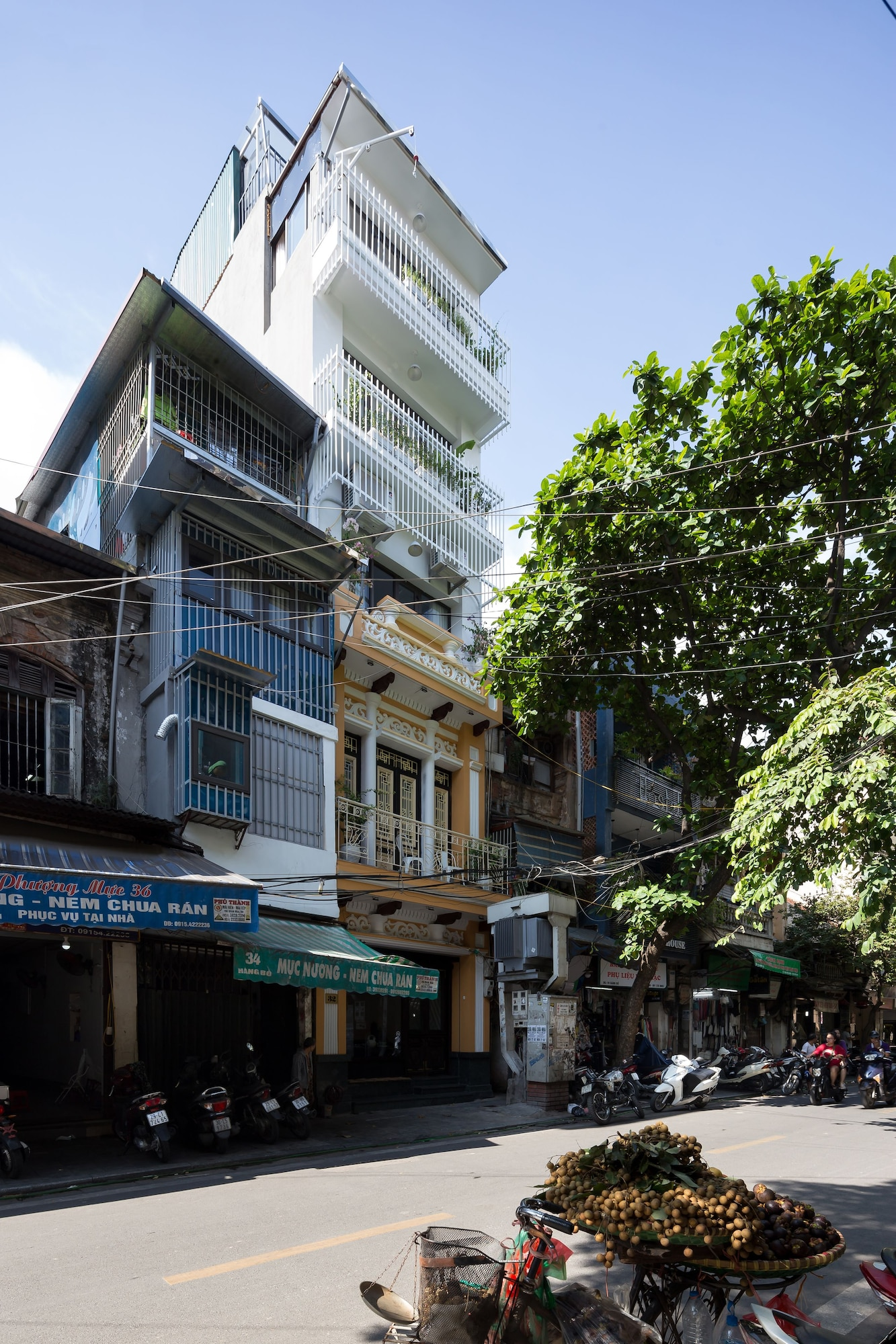 Centraltique Homestay And Travel , Hoàn Kiếm