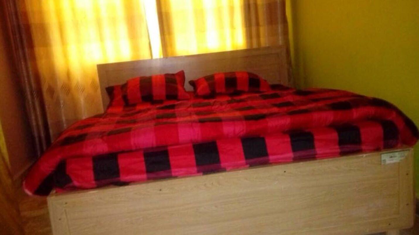 LEISURE VILLAGE HOTEL, Rushenyi