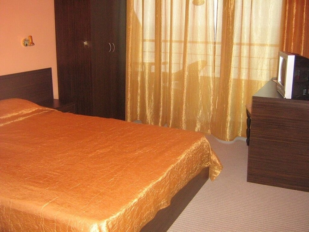 Family Hotel Blyan
