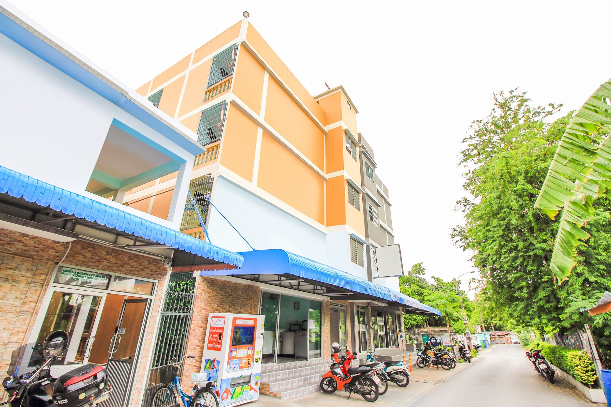 OYO 309 Ze Residence Ram Intra, Khan Na Yao