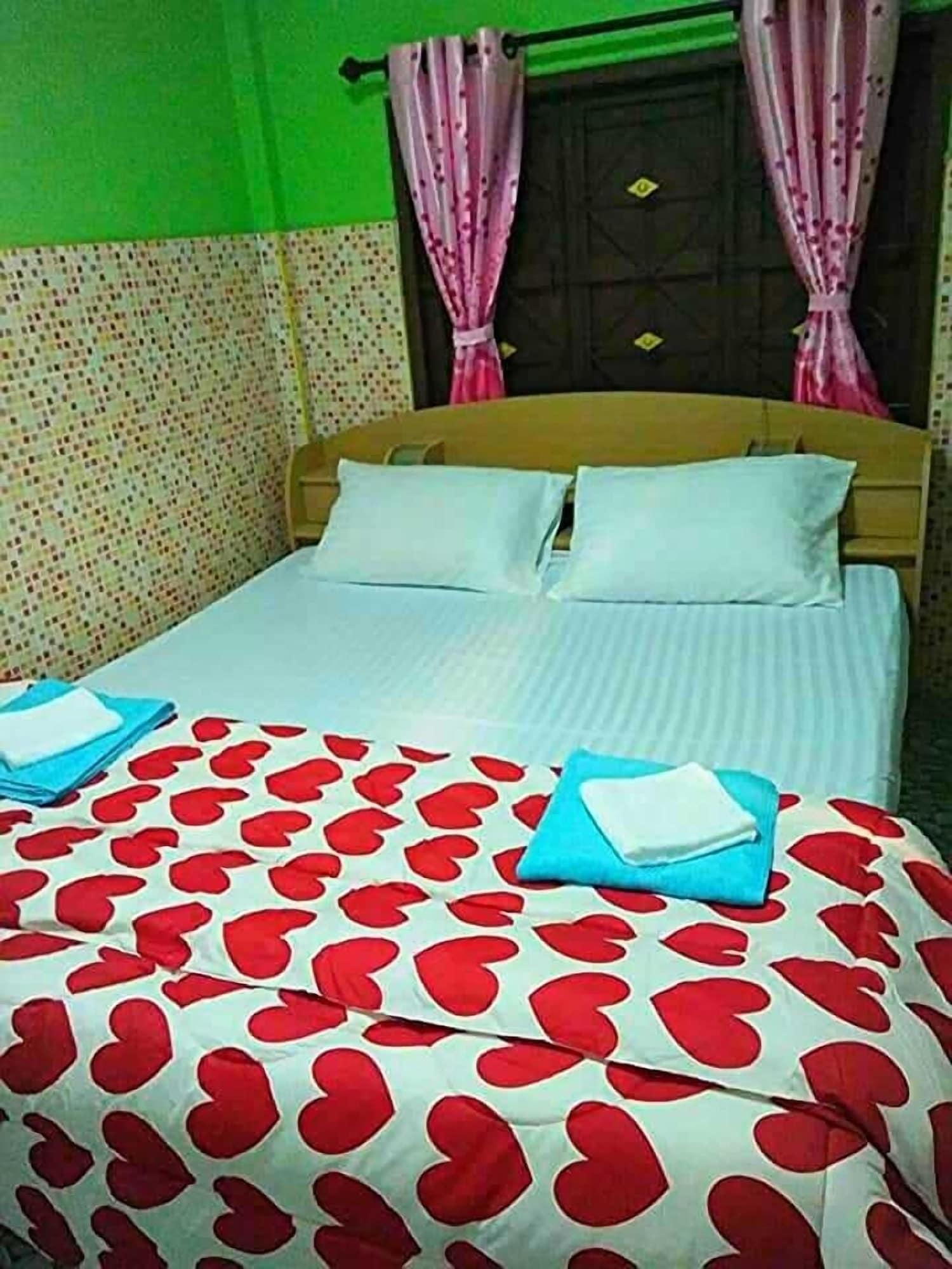 Sky Beach Travel & Hostel, Langu
