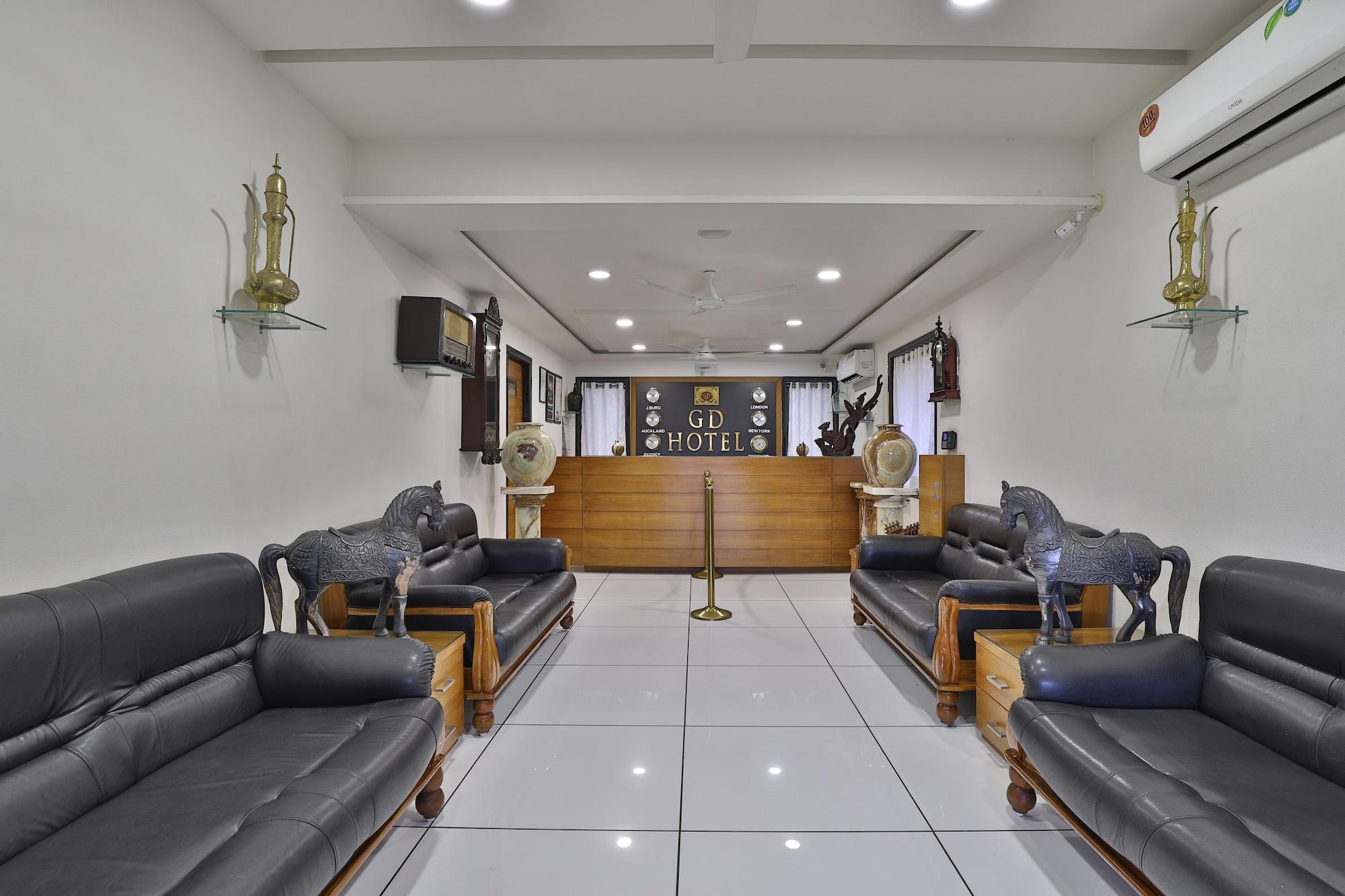 Palette - Gd Hotel, Navsari