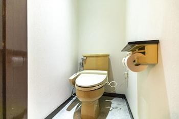 OYO 44570 HOTEL PLEASE MIKAGE Bathroom